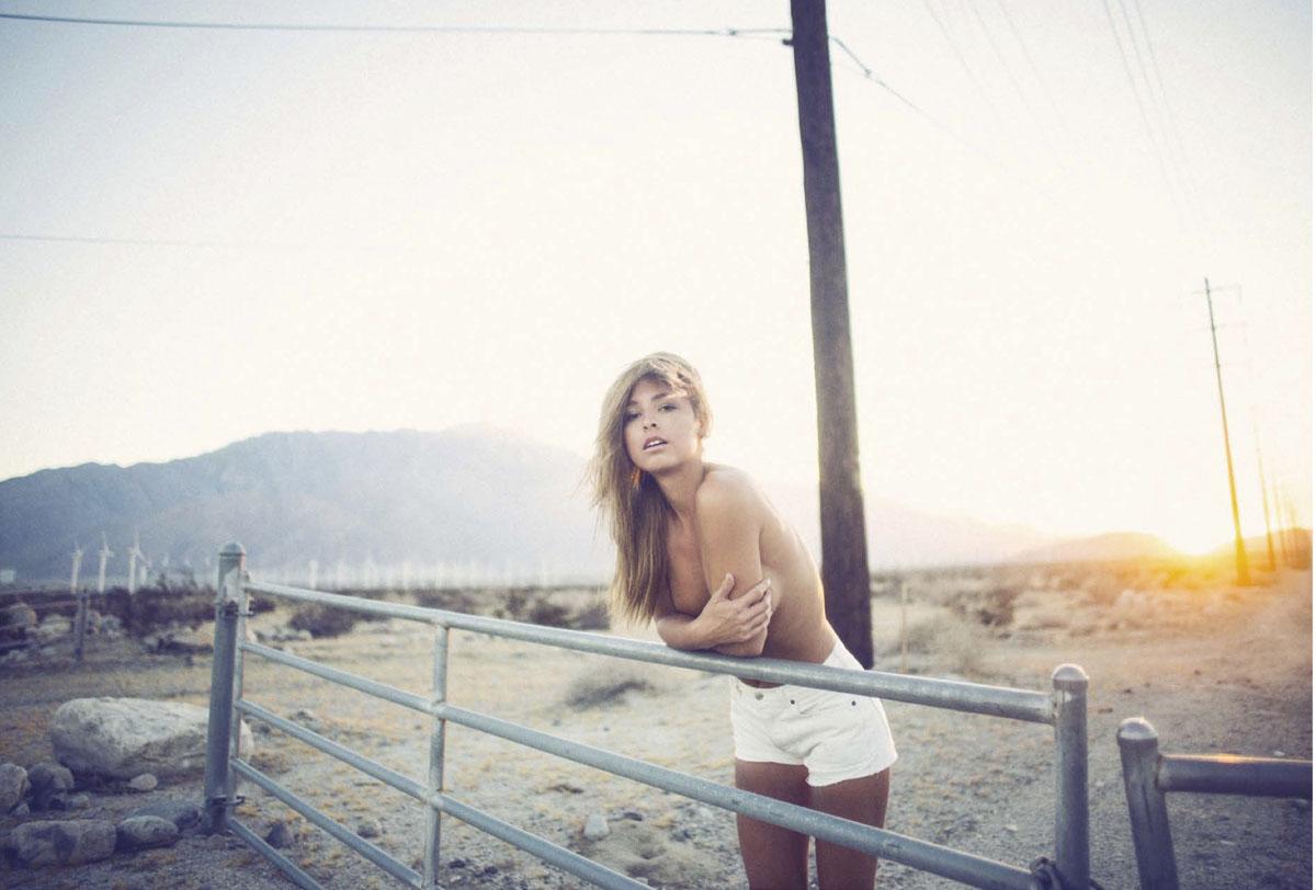 Brunette Marisa Papen model2