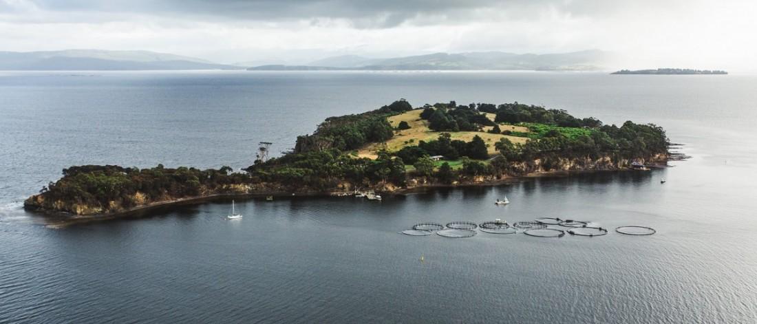 Met achttien vrienden een memorabele vakantie op priv eiland - In het midden eiland grootte ...