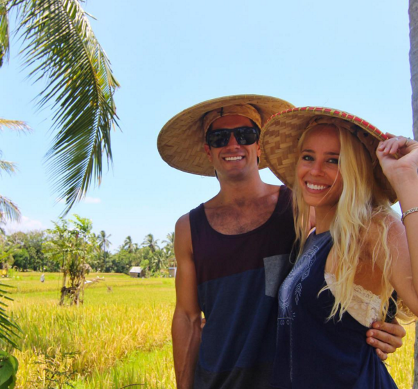 This couple traveled the world in 7 months for 8000 dollars