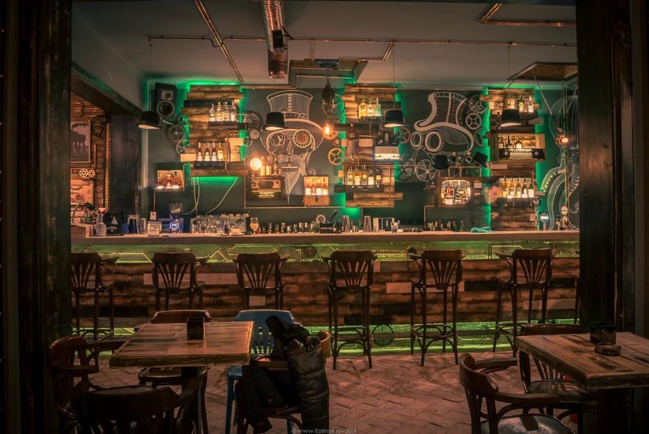 coolste bar ter wereld man man 2