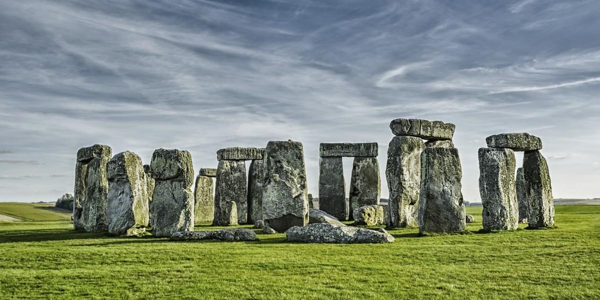 man man stonehenge