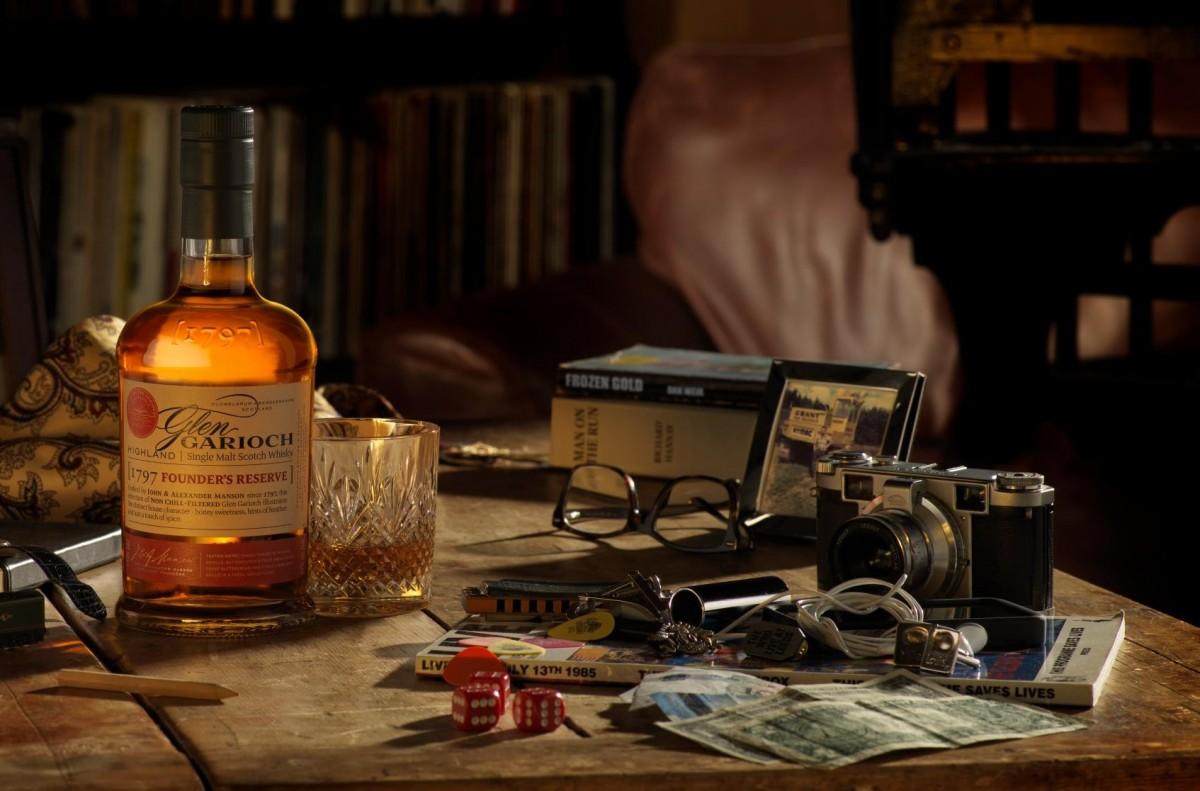 whiskey scotland korte trip man man