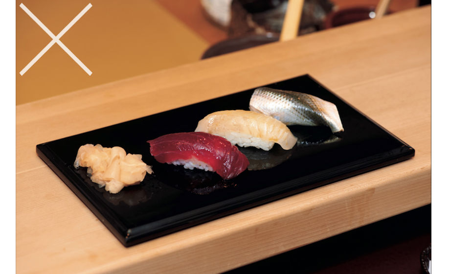Dippen sushi restaurant tafelmanieren etiquette man man 2