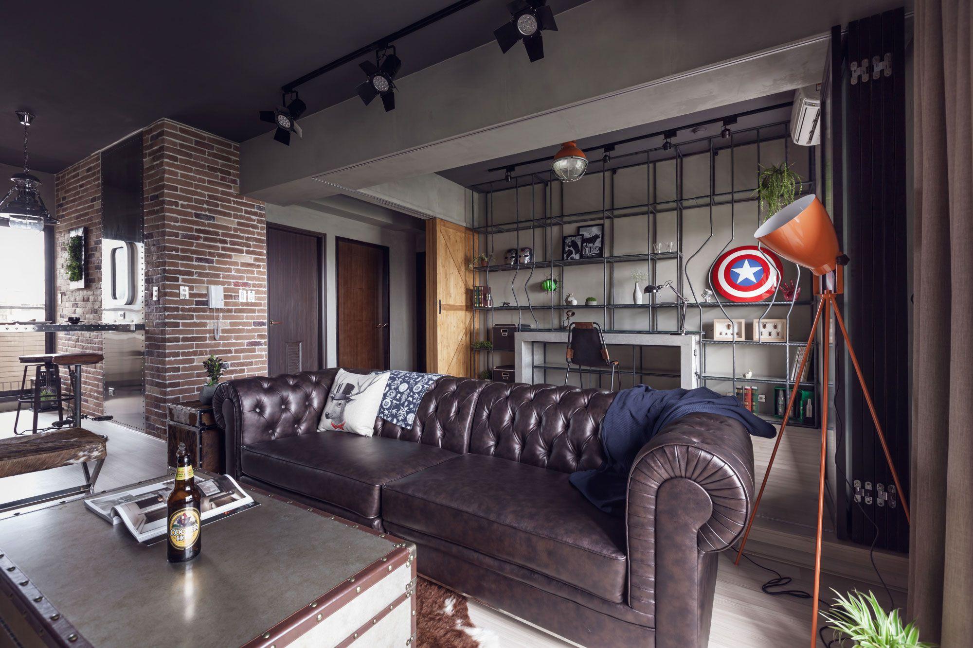 Man man appartement studio opruimen schoon