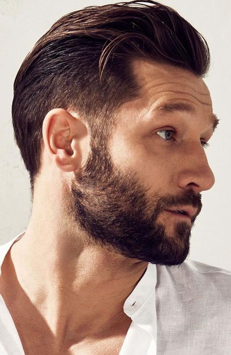 Haarstijlen-pompadour-heren-kapsel-mannen-bbrber-MAN MAN