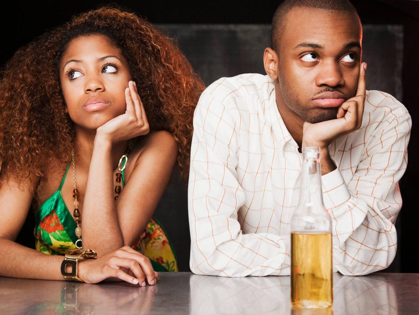 Zoek uit of vriendje is op dating sites