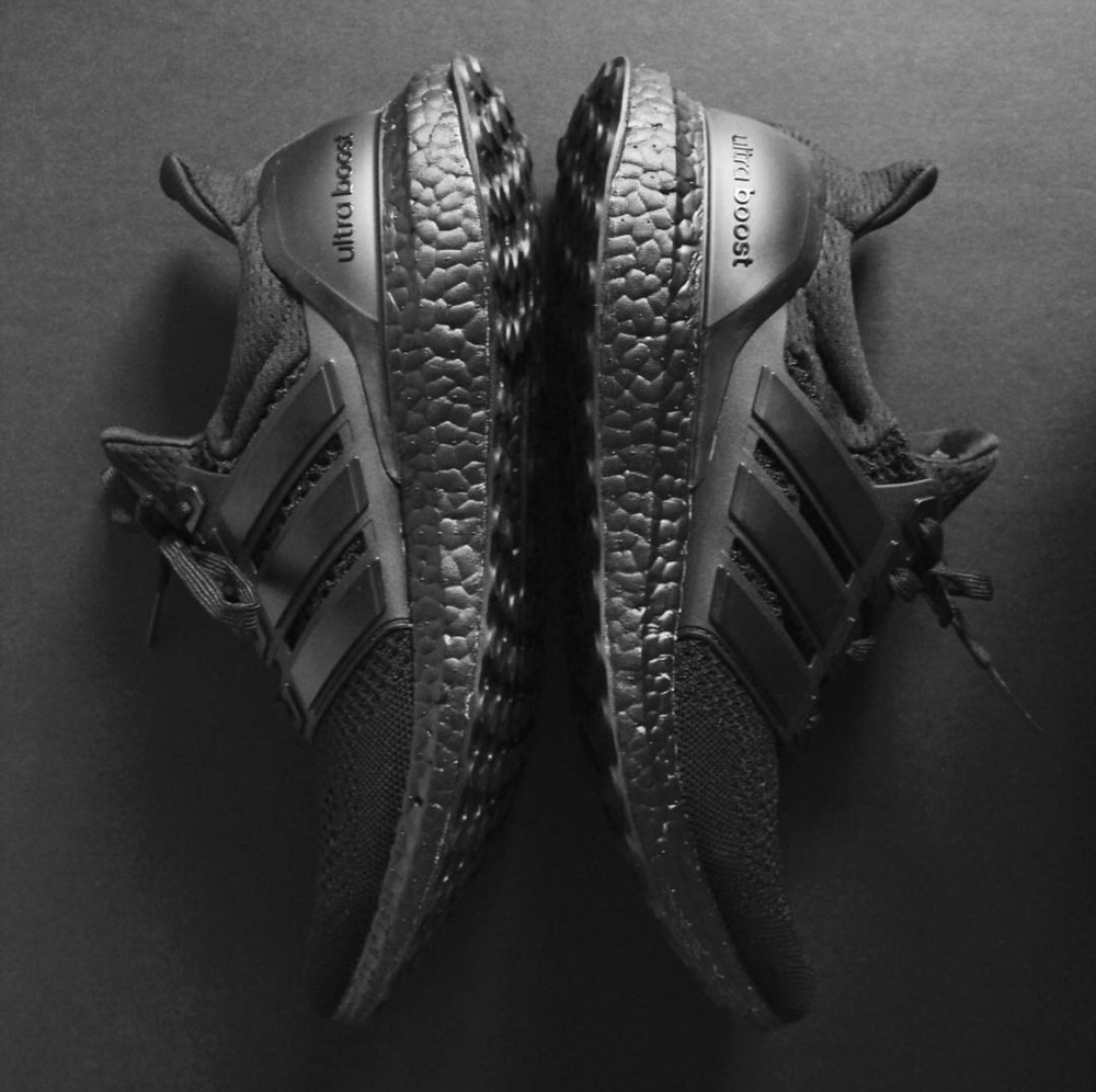 Adidas ultra boost triple black man man 2