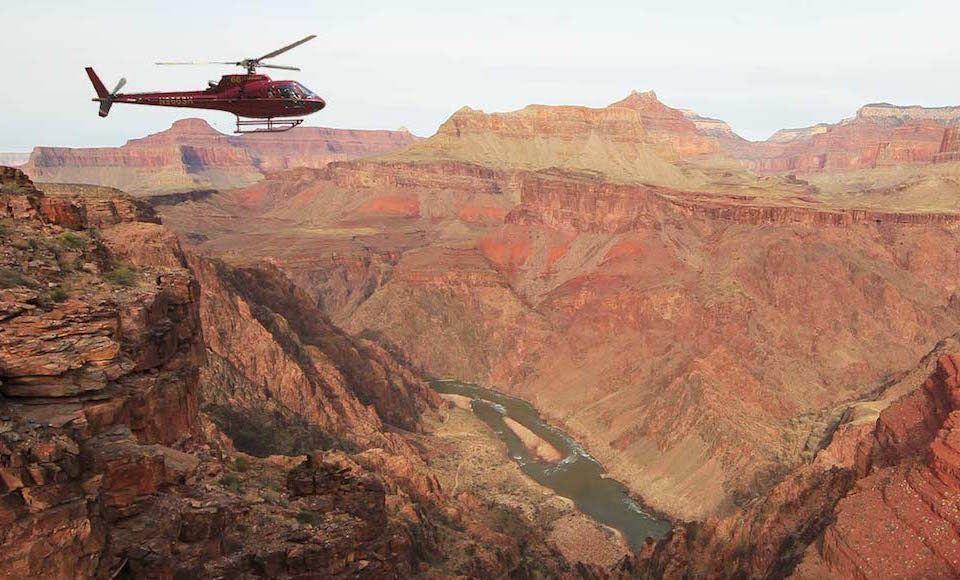 grand canyon helikopter vlucht uitzicht man man