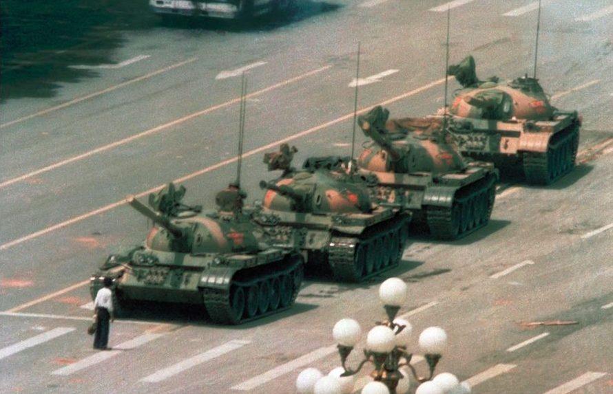 protest-meest iconische foto's-tank-MAN MAN