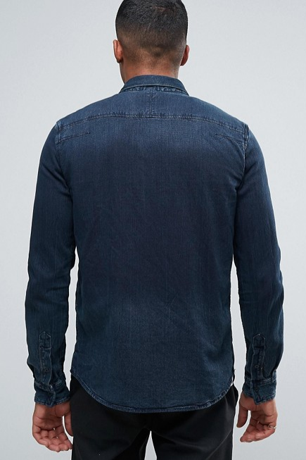 denim-shirt-heren-blauwe-overhemd-outfits-MAN MAN