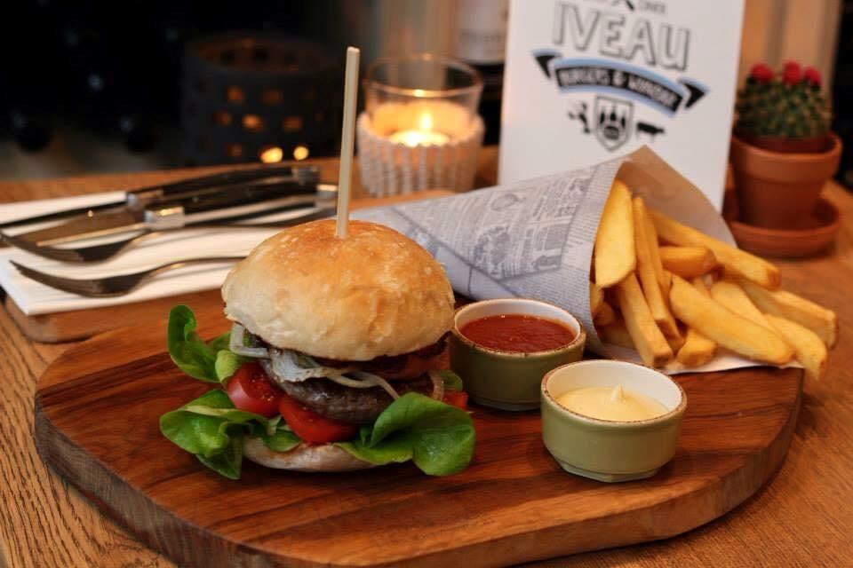 burgers-arnhem-eten-friet-hamburger-MAN MAN