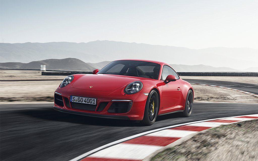 Porsche 911 carrera gts man man