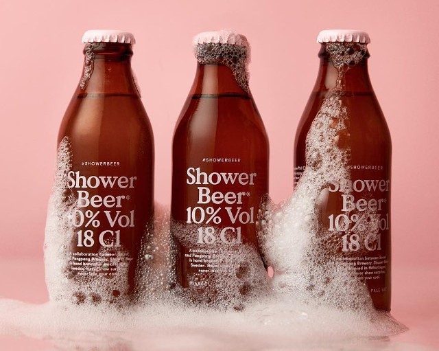 shower beer bier douche man man 1