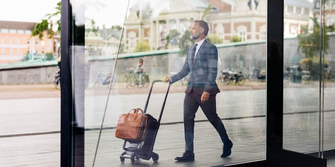 Bugaboo Koffersysteem reizen koffer man man