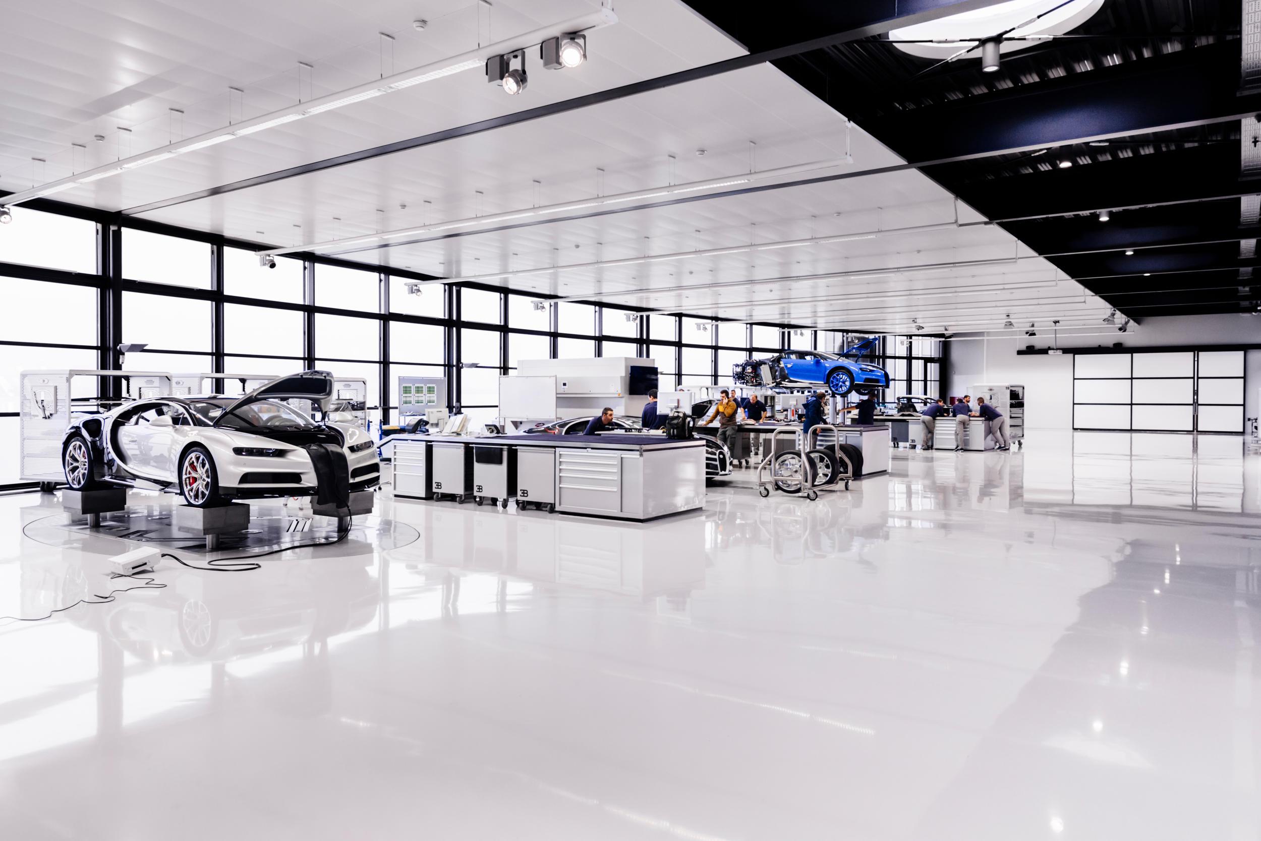 Bugatti chiron fabriek auto MAN MAN