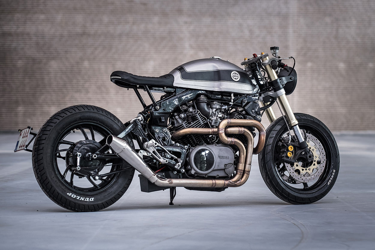 moto adonis MAN MAN 2