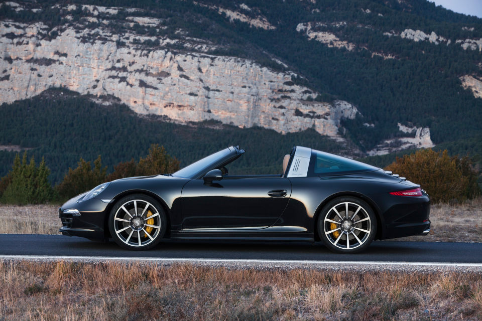 Porsche 911 targa man man 11
