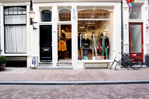amsterdam-shoppen-numbernine-manman