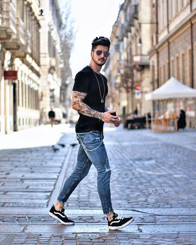 Lente look: broek oprollen en blote enkels | MAN MAN