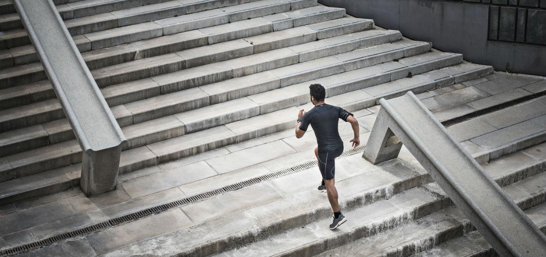 5 essenti le punten om je sportprestaties te verbeteren man man - Hoe je je woonkamer eetkamer kunt verbeteren ...