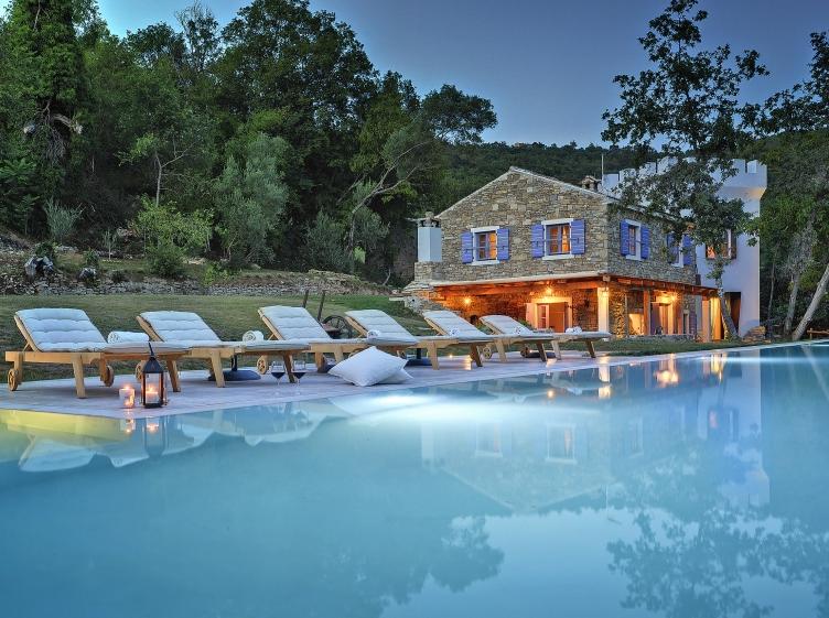 De Mooiste Vakantiehuizen : Heerlijke vakantiehuizen om deze zomer met je vrienden te huren
