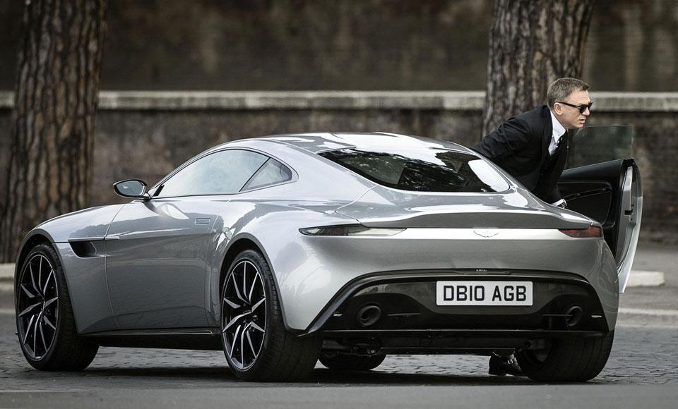 James bond auto's man man 10
