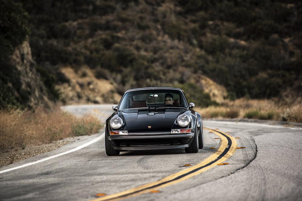 Porsche Singer Switserland Man Man 10