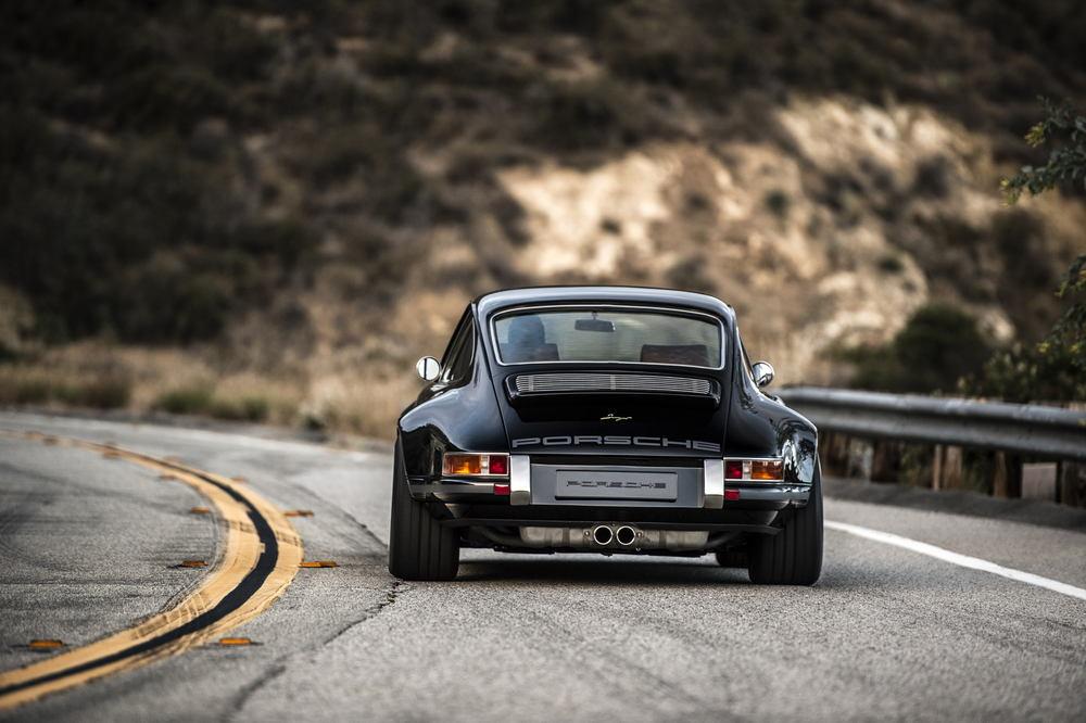 Porsche Singer Switserland Man Man 11