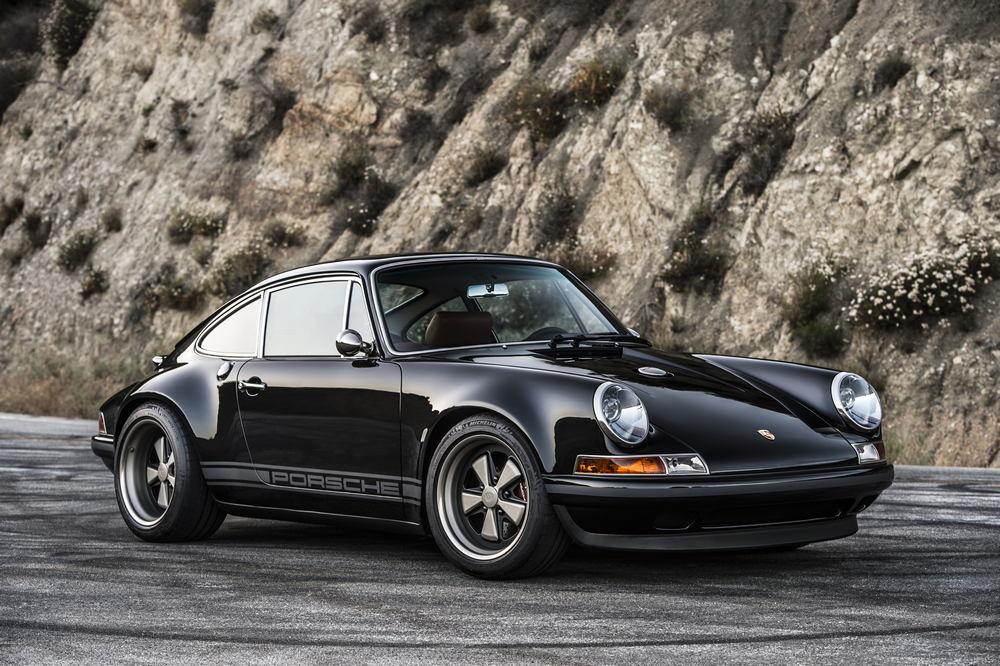 Porsche Singer Switserland Man Man 12