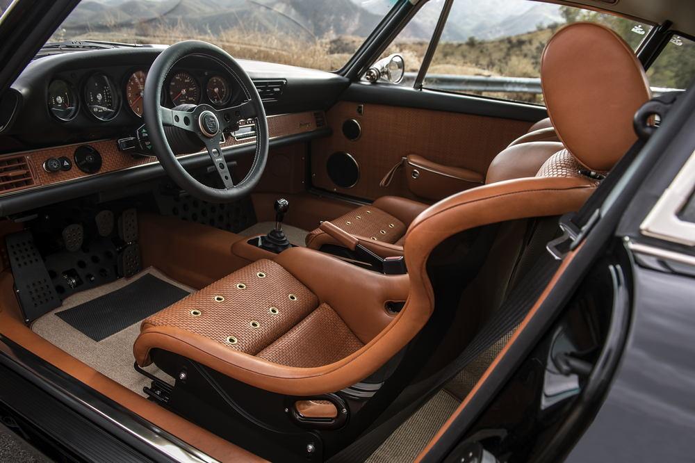 Porsche Singer Switserland Man Man 4