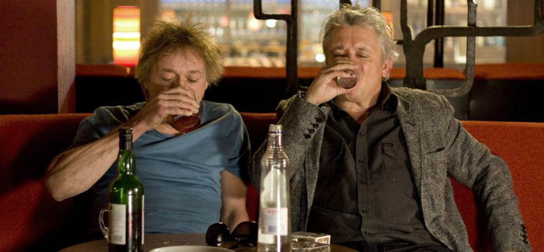 Alcohol sterke drank bier wijn drinken MAN MAN