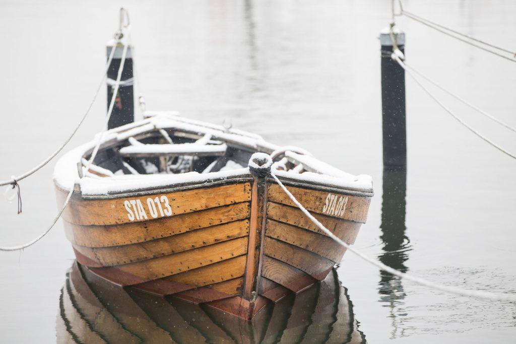 met deze airbnb voor boten kan iedereen schipper spelen MAN-MAN