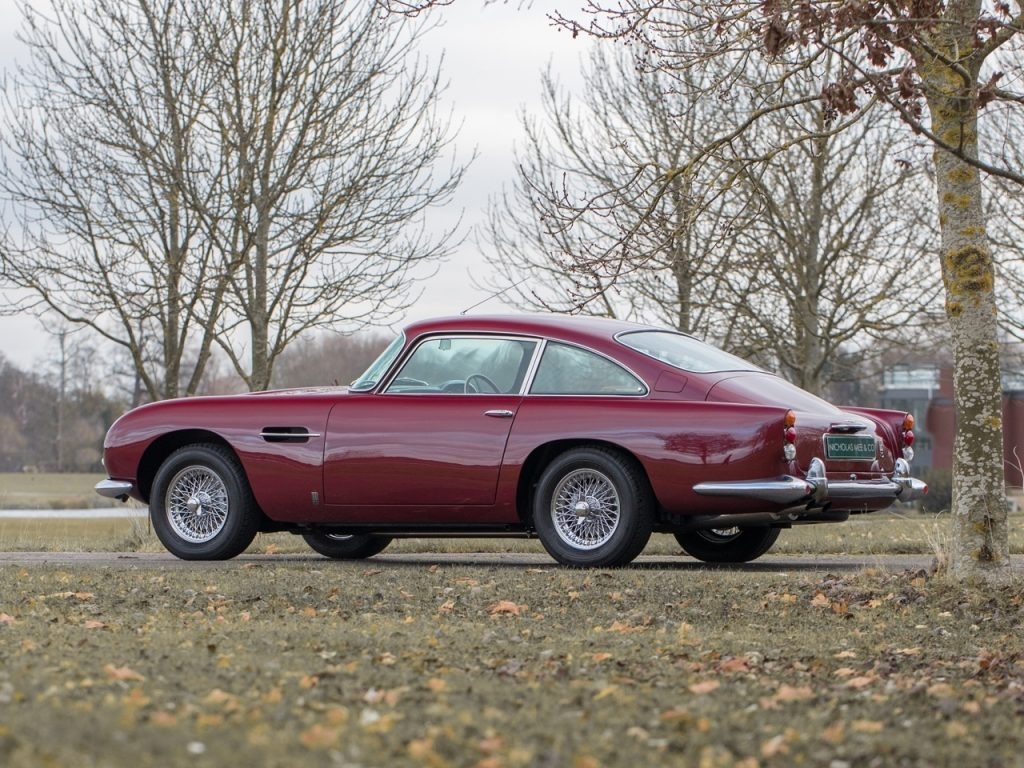 Aston Martin DB5 van Robert Plant zanger van Led Zeppelin MAN-MAN