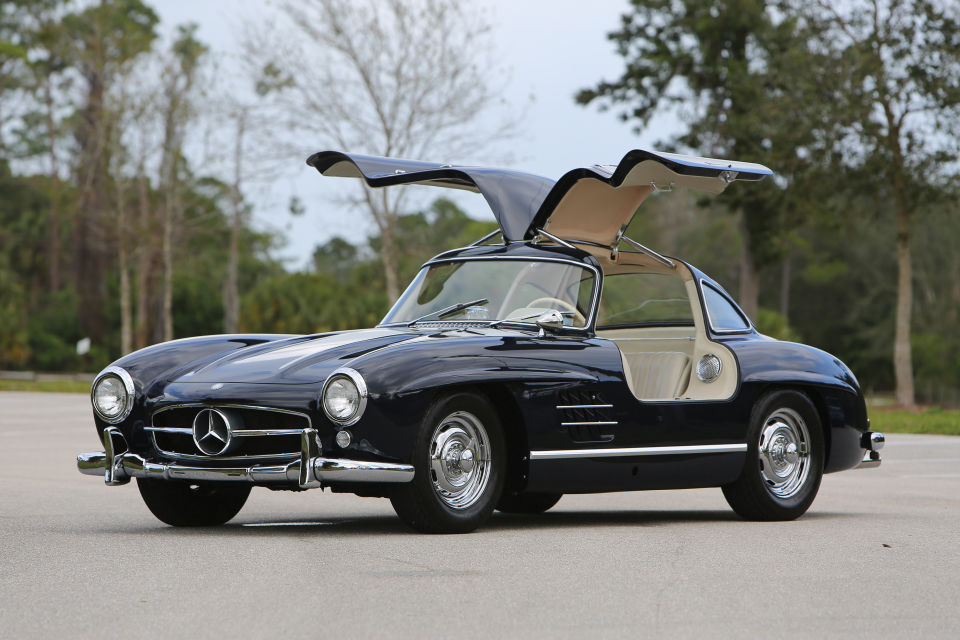 Mercedes Gullwing MAN MAN 1