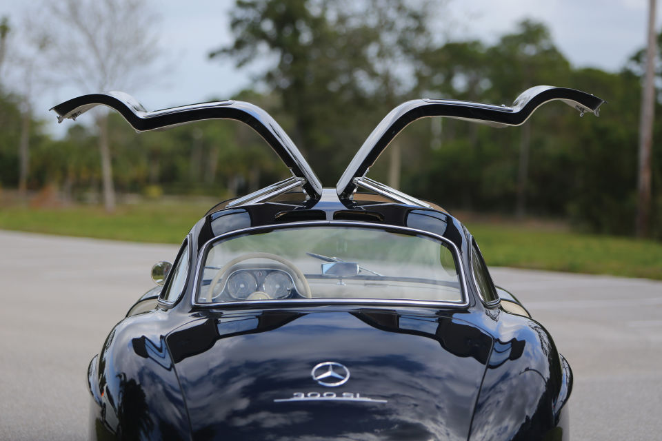 Mercedes Gullwing MAN MAN 7