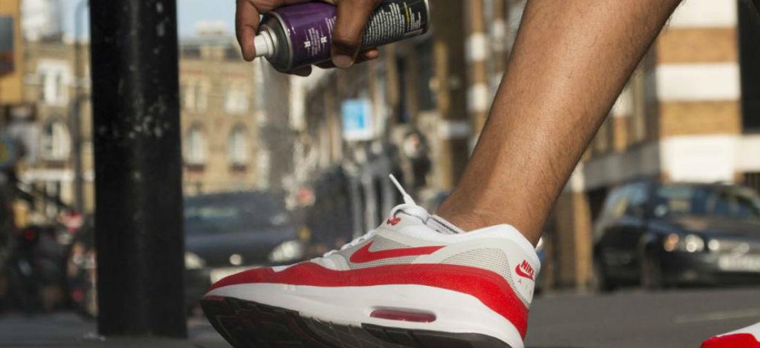 Sneakers schoonmaken poetsen MAN MAN