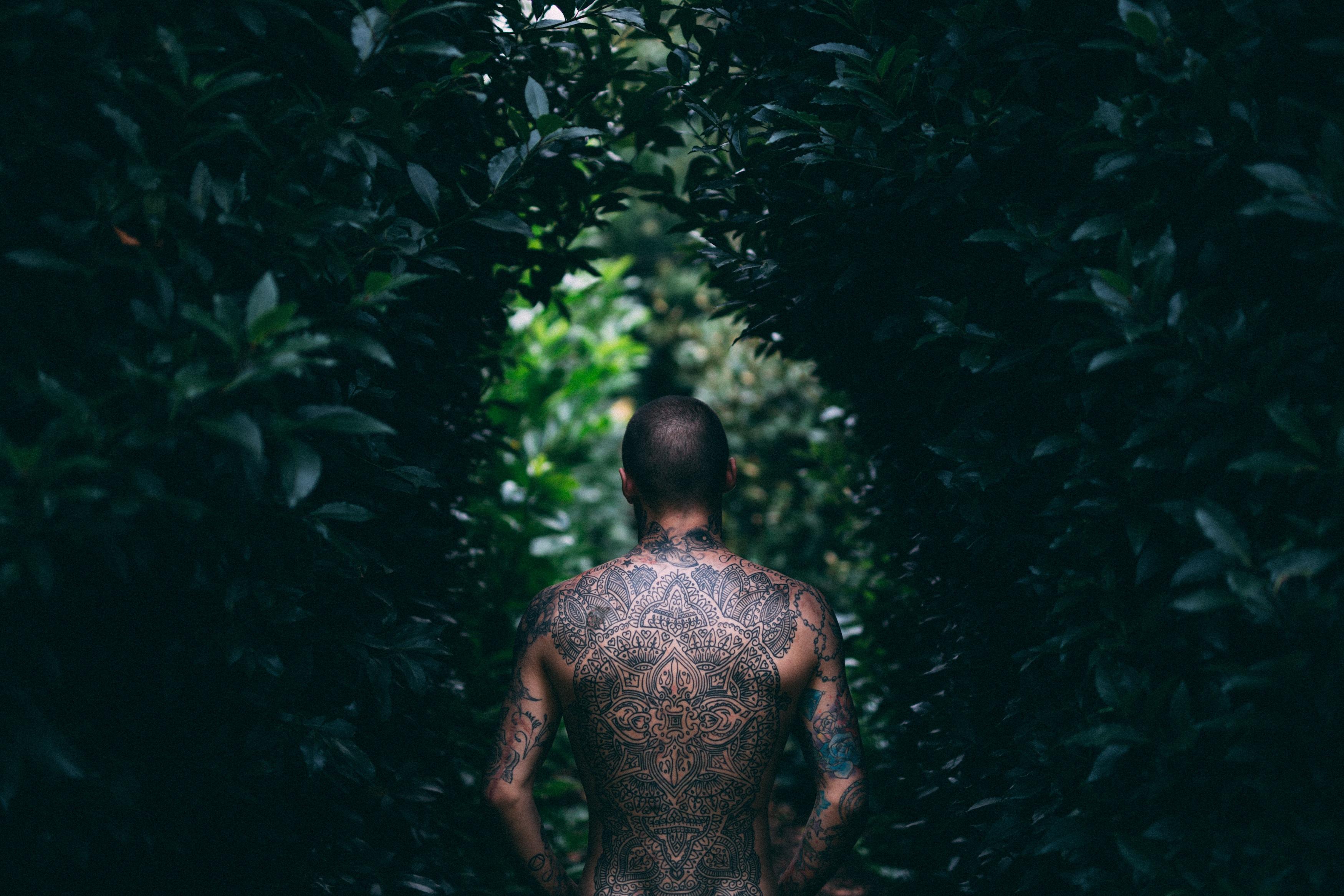 pijnlijkste plekken tattoo MAN MAN
