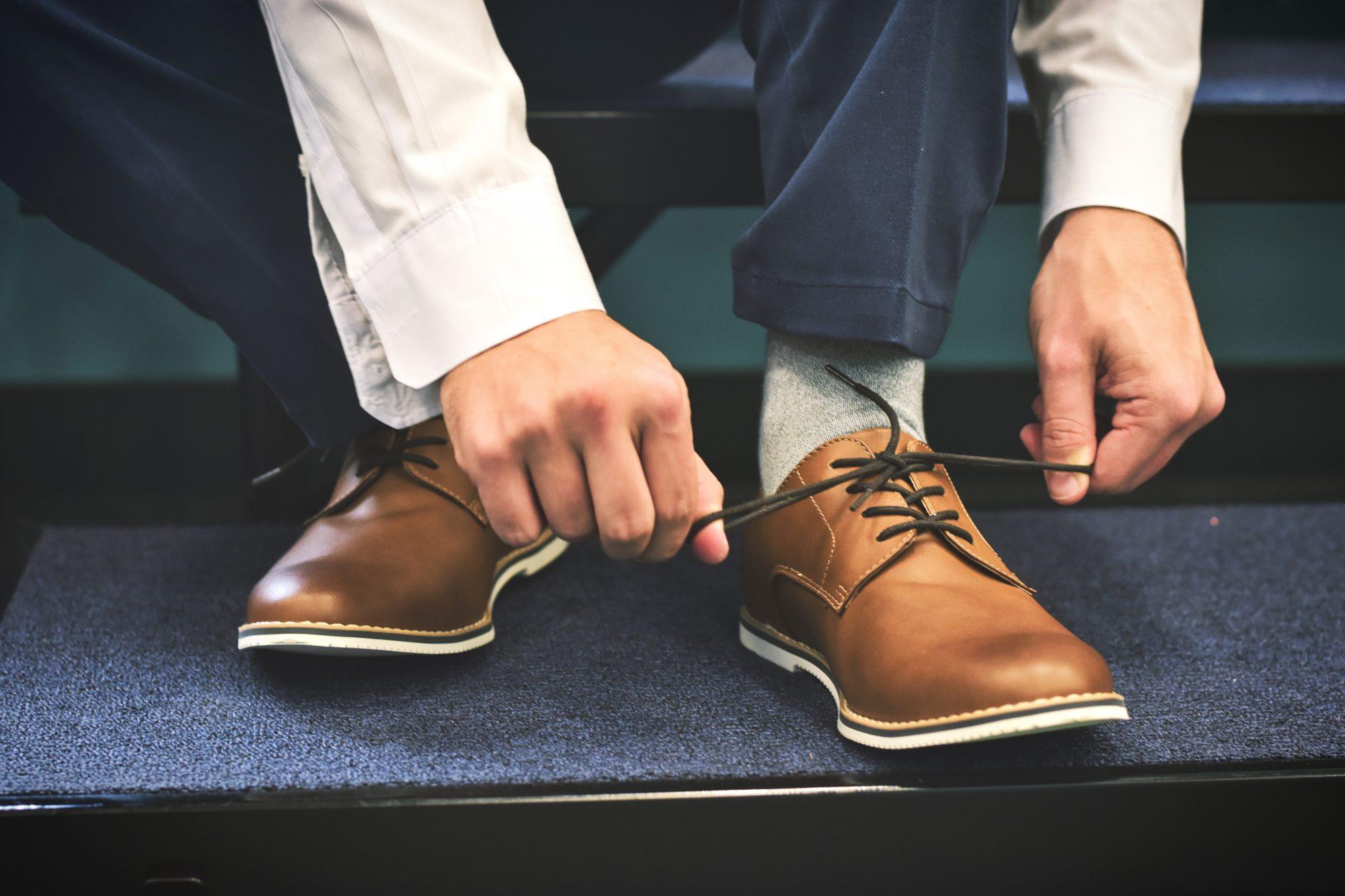 Leren schoenen poetsen schoonmaken MAN MAN