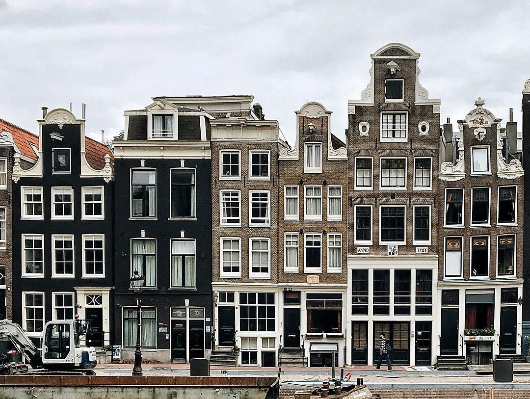 Wereldreis goedkoper dan huren Amsterdam MAN MAN