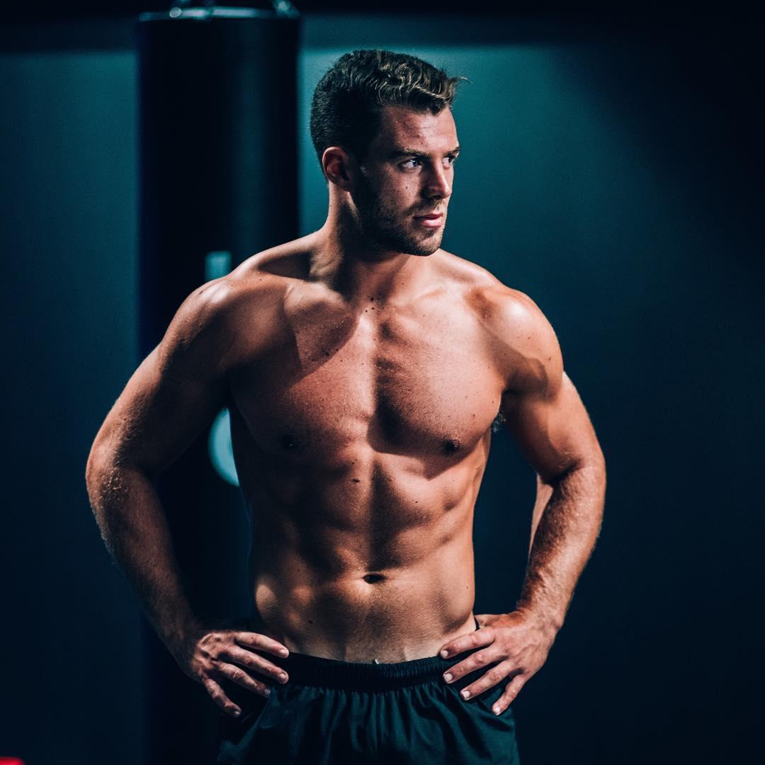 Carnivoor dieet: de mannelijkste manier van afvallen MAN MAN