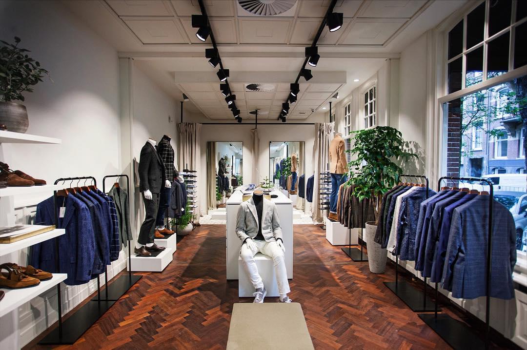 Pakken winkels in Amsterdam MAN MAN 12