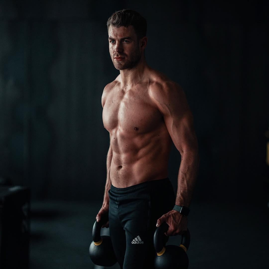 Sixpack workout: Zo krijg jij buikspieren zonder sit-ups