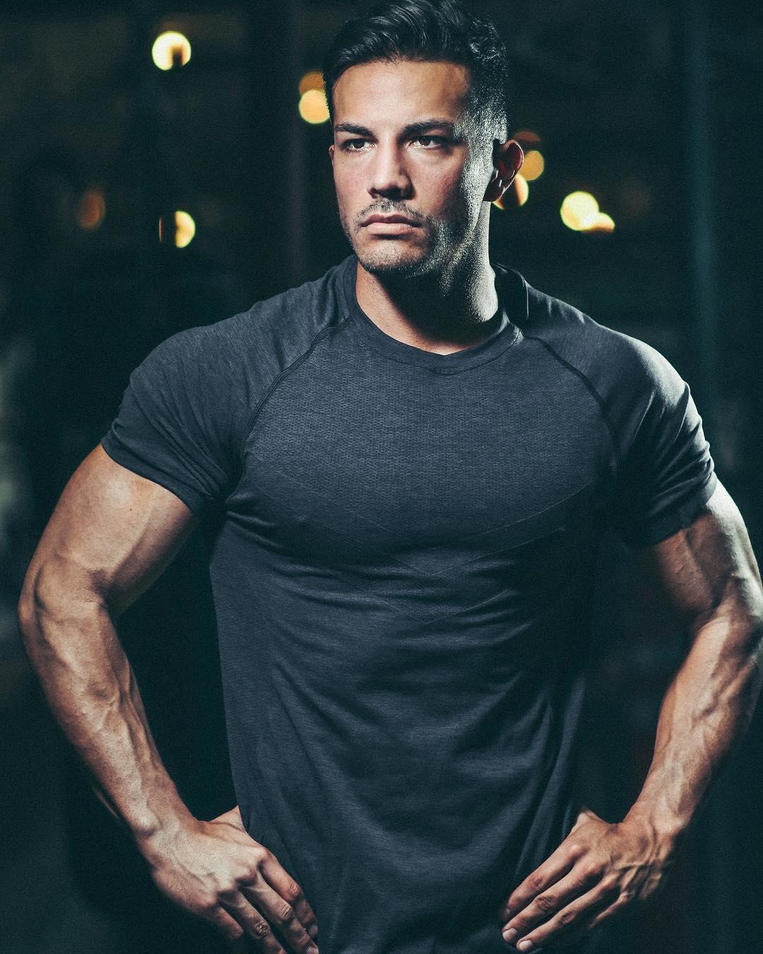 Wat is het effect van eiwitten nou écht voor jouw spiergroei en afvalproces MAN MAN
