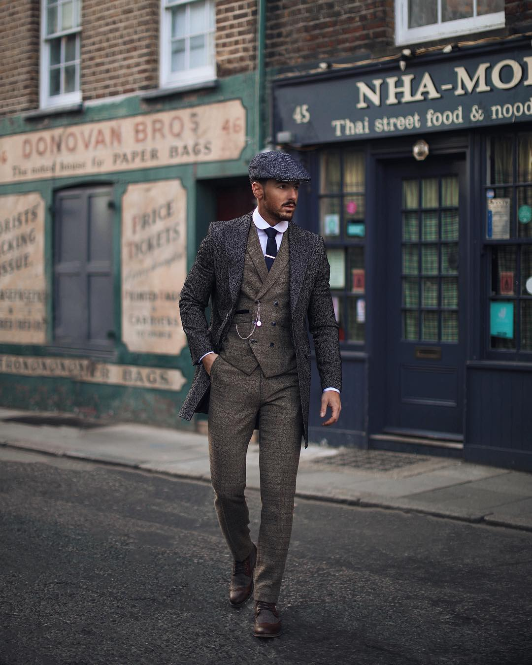 Peaky blinders outfits