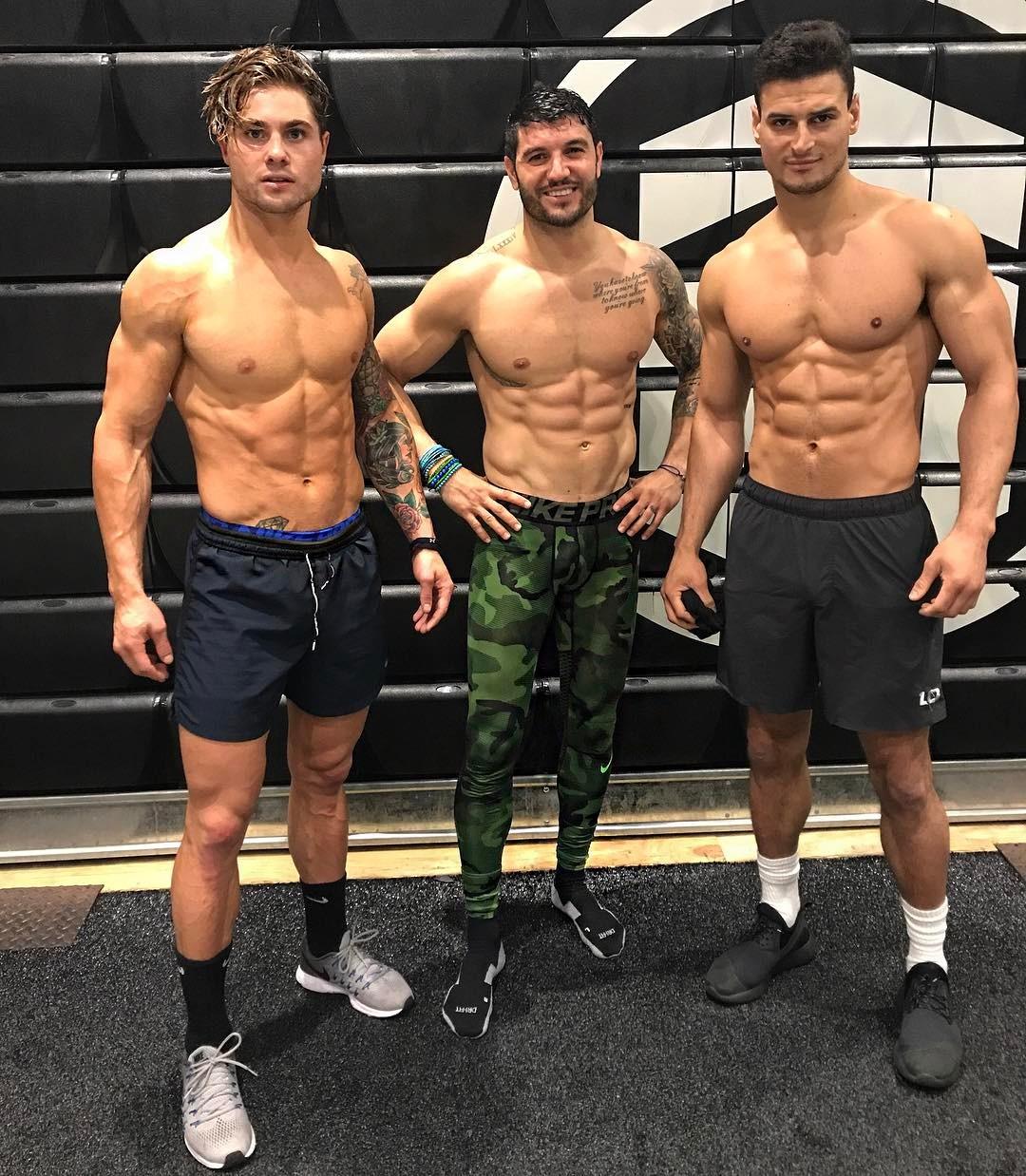 Hoe je door een trainingsplateau heen kan trainen voor spiermassa MAN MAN