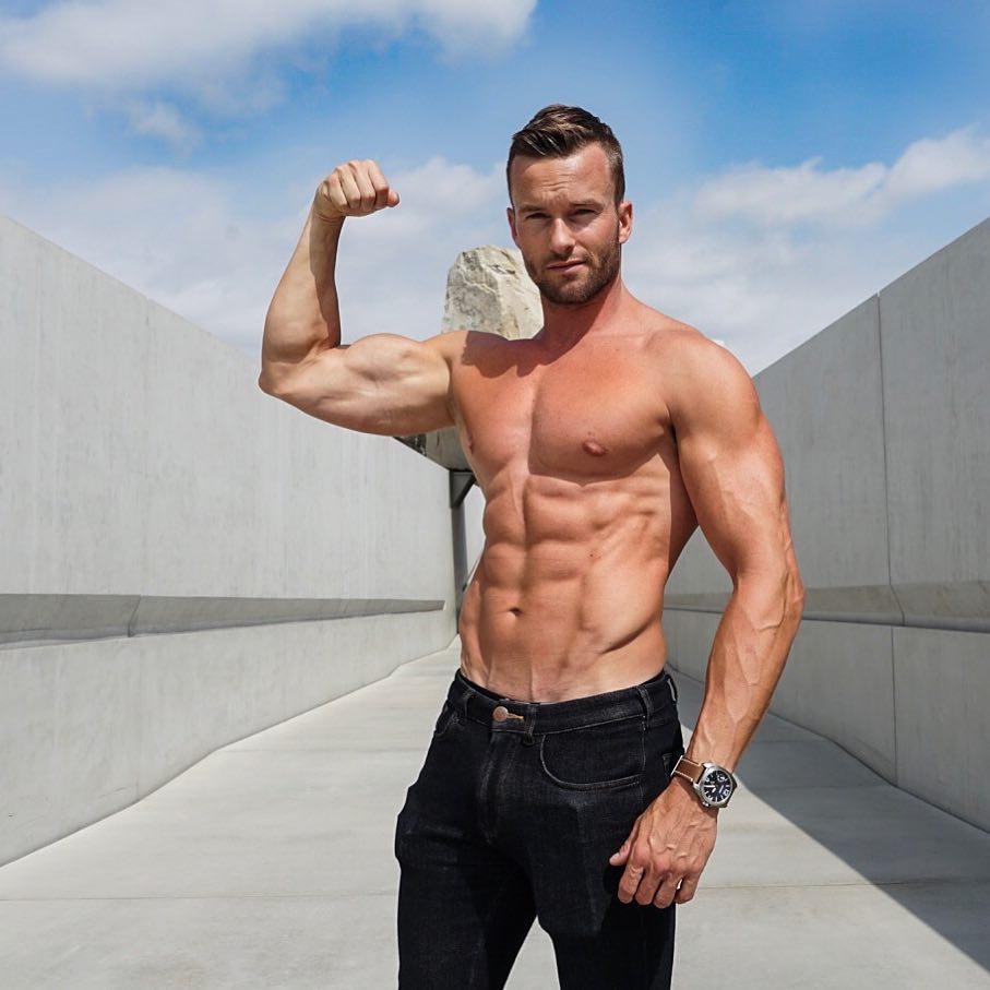 Met deze 3 trainingsmethodes bouw je snel spiermassa op MAN MAN