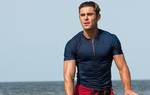 Zo train je als Zac Efron van de film Baywatch MAN MAN