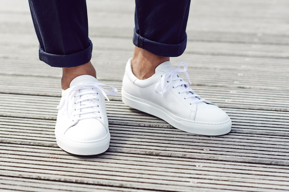 witte sneakers mannen