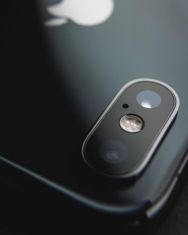 Iphone-camera-lens