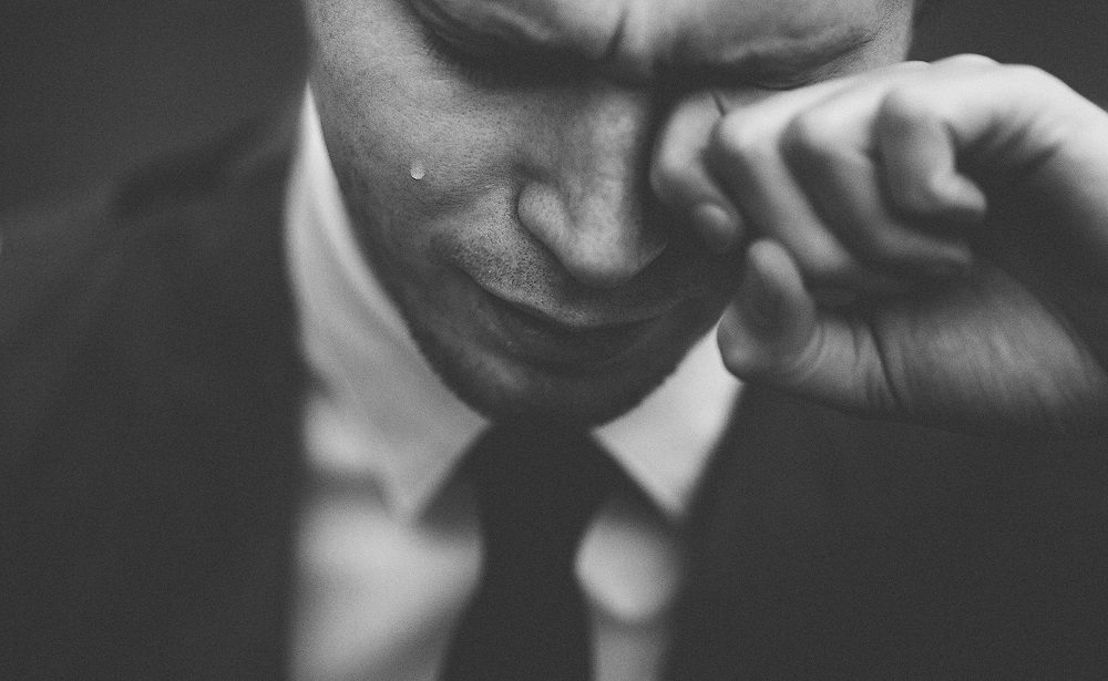 huilende man